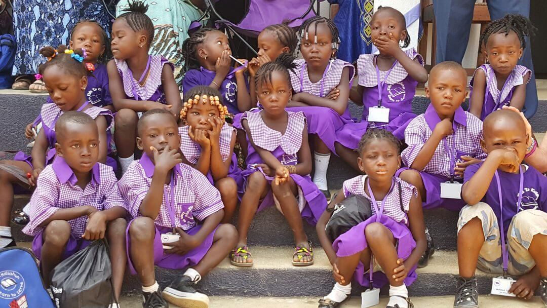 kids-in-kailahun-inuniform
